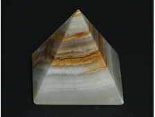Пирамида Оникс мраморный, Пакистан (40*40*37 мм, вес: 59 г) №20681