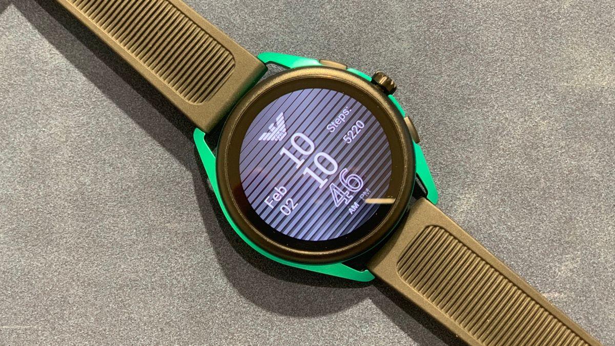 Первый взгляд Умные часы Emporio Armani 3. Больше спорта, меньше стиля