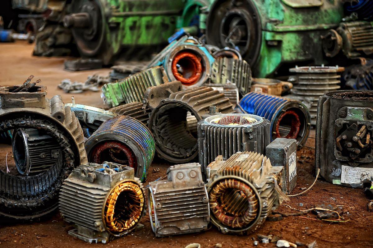Компания «Вторкабель» осуществляет приём лома электродвигателей по выгодным ценам