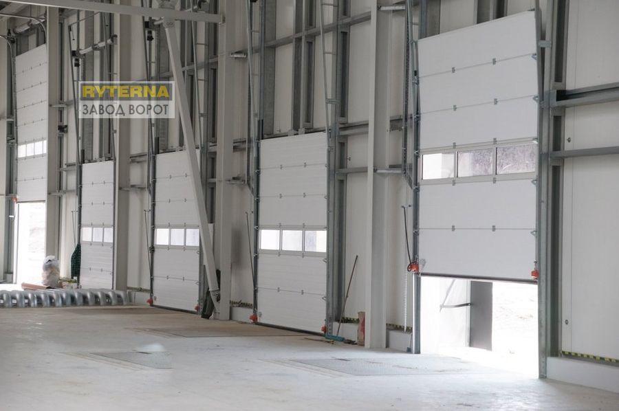 промышленные секционные ворота нестандартных размеров - киев, днепр, харьков