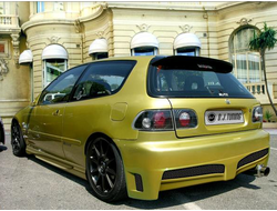 Задний тюнинг бампер RADICAL hatchback для  Honda civic 5