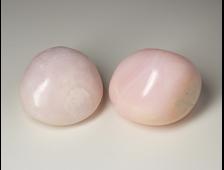 Манганокальцит (с розовой флуоресценцией в УФ) галтовка в ассортименте, Перу (27-28 мм, 17-23 г) №20356