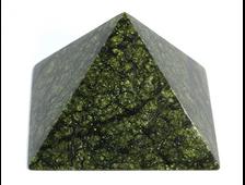 Пирамида Змеевик, Россия, Урал (84*84*57 мм, 366 г) №20678