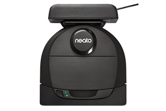 Neato Botvac D6 Connected заряжается
