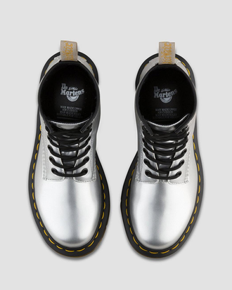 Ботинки Dr. Martens Vegan 1460 Metallic Chrome Paint Silver женские