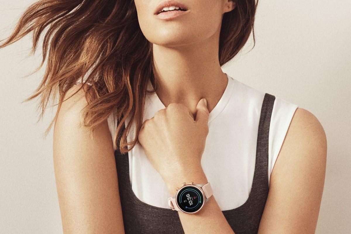 Лучшие умные часы для женщин