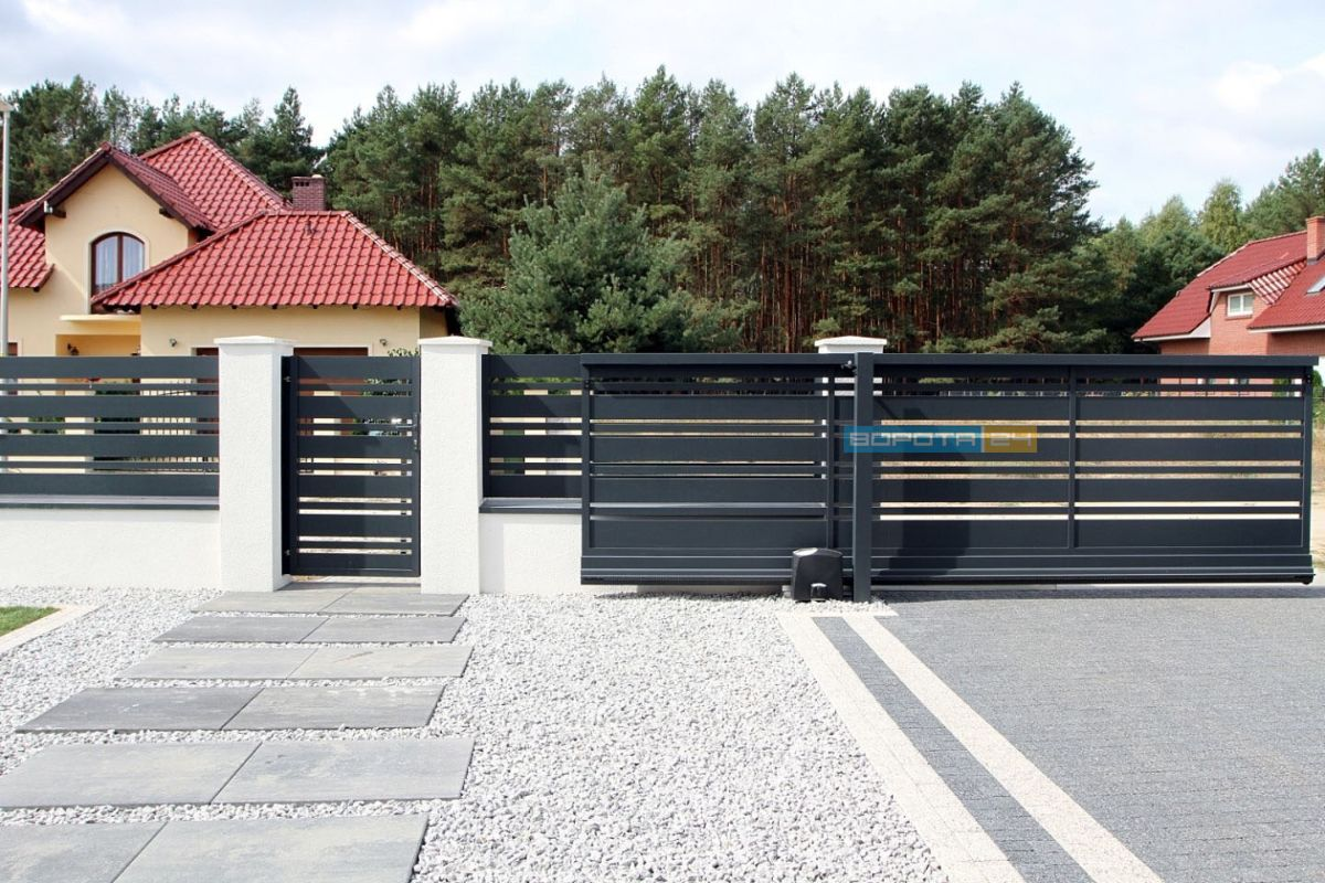 современные откатные ворота из оцинкованной стали - изготовление под заказ - установка