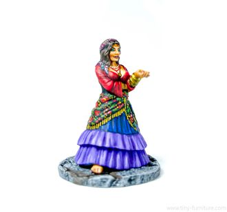 Soothsayer gypsy woman (PAINTED)