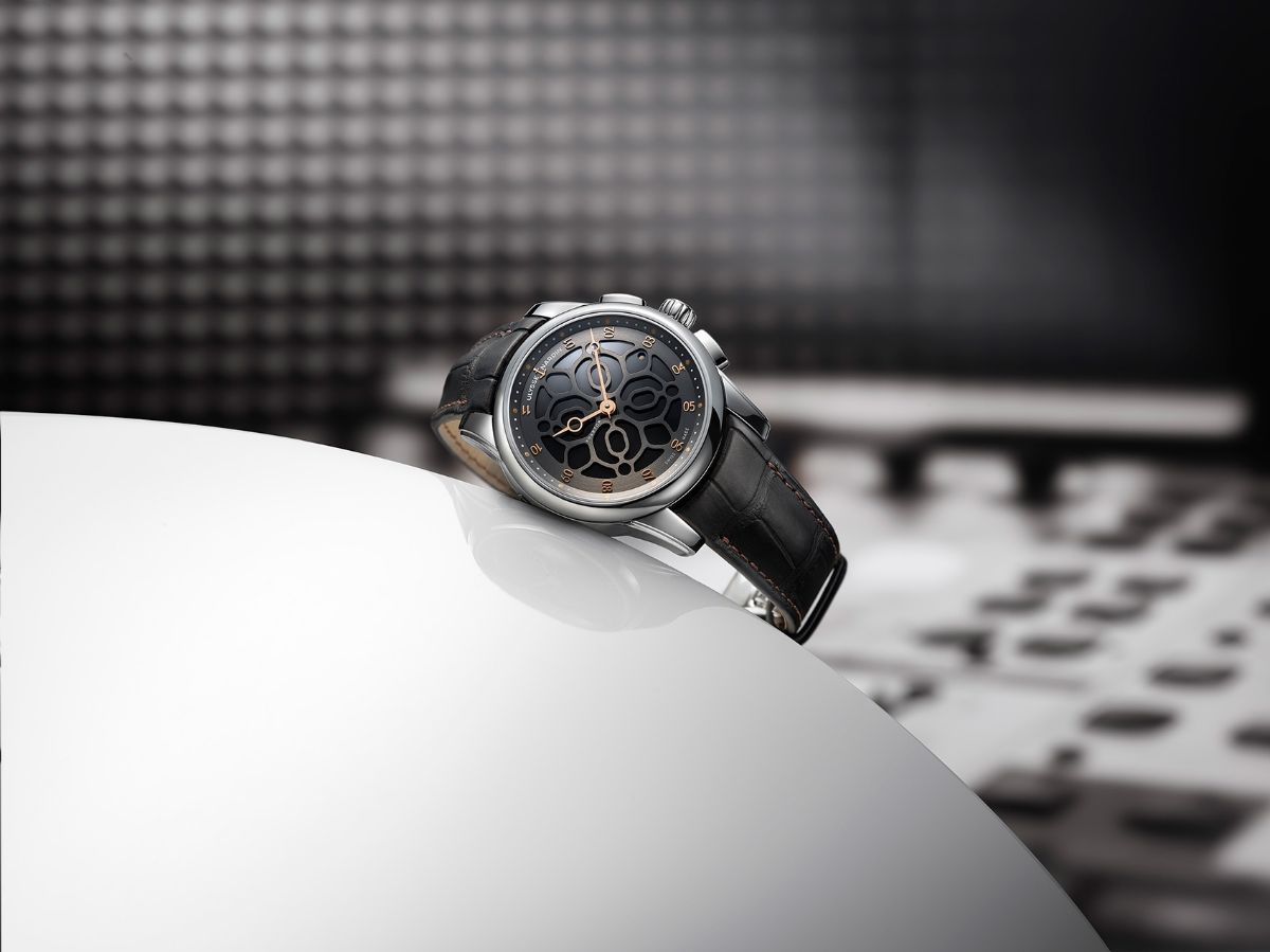 Элитных выкуп часов омега часы стоимость марки