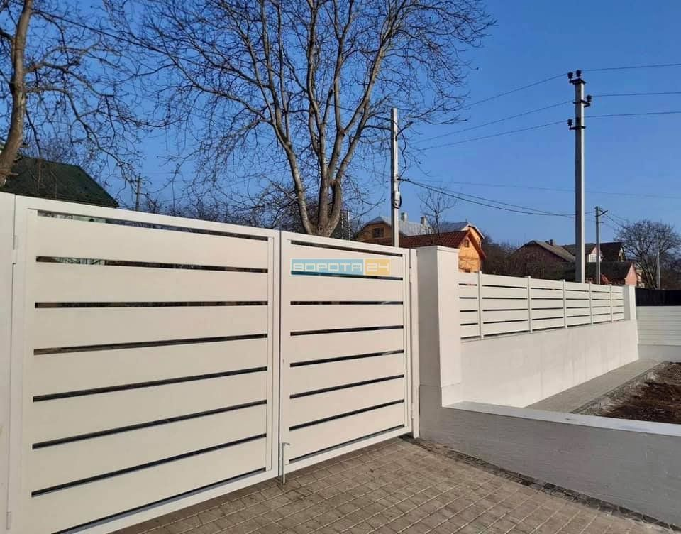 дизайнерские калитки - изготовление уличных откатных конструкций типа решетка - монтаж