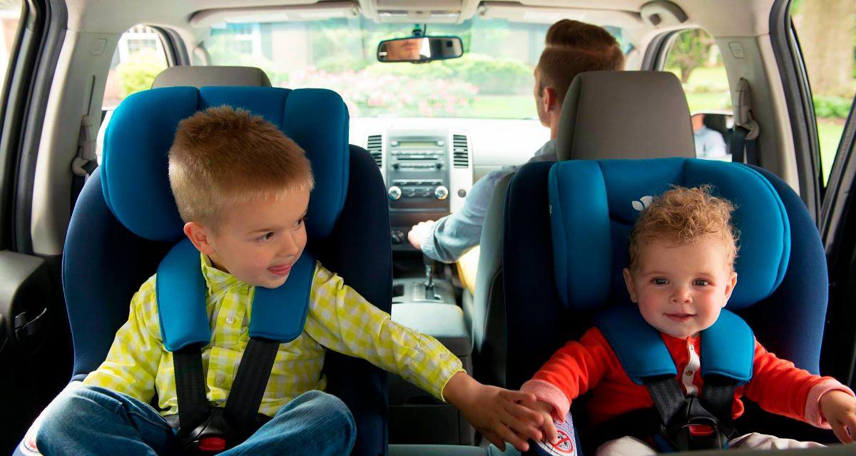Joie Steadi детское автокресло с улучшенной защитой в случае бокового удара.