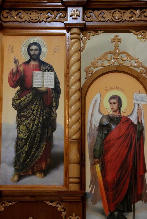 Церковные иконостасы недорого, купить иконостас в храм