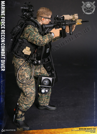 Боевой пловец MARINE FORCE RECON COMBAT DIVER WOODLAND MARPAT VER (78055) DAMTOYS