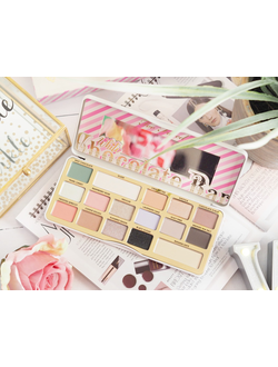 Тени Too Faced Chocolate Bar White