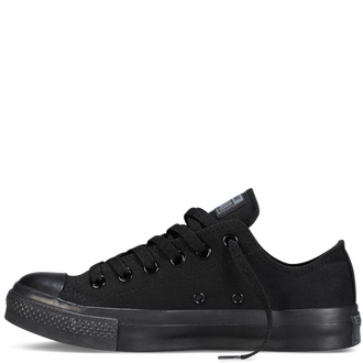 Черные низкие кеды CONVERSE MONOCHROME ALL STAR BLACK - M5039 на белом фоне