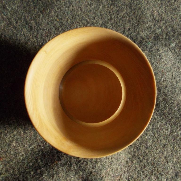 Изготовление деревянной посуды в качестве сувениров - одно из направлений работы нашей мастерской