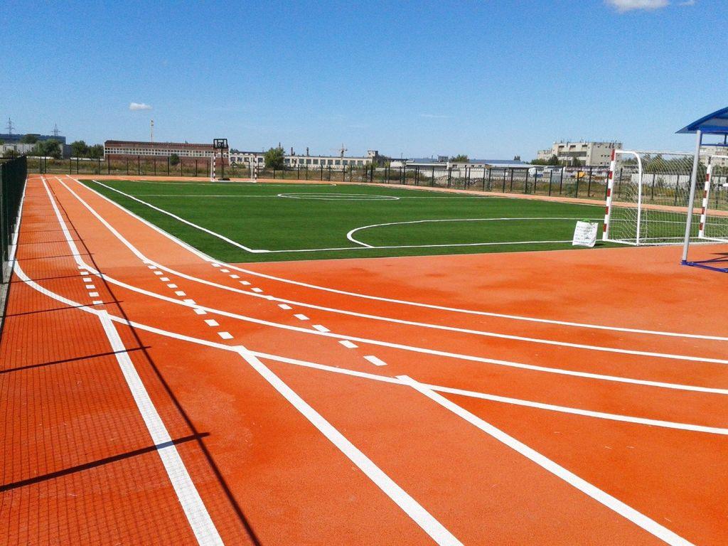 Укладка спортивных площадок резиновой крошкой