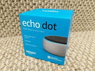 Умная колонка Amazon Echo Dot 3nd Gen (белая)