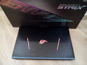 ASUS ROG STRIX GL753VE-GC065T (17.3 FHD IPS I7-7700HQ GTX1050ti(4Gb) 16ГБ 2TБ + 256SSD)