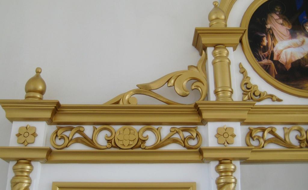 Установка церковных иконостасов Беларусь