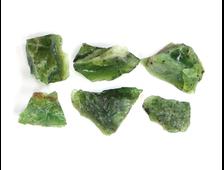 Опал зеленый в ассортименте, Казахстан (10-14 мм, 0,3-0,6 г) №22896