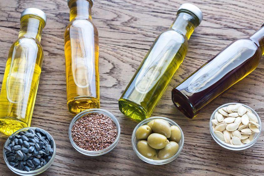 Каким образом при производстве сыродавленого масла сохраняются все полезные элементы?
