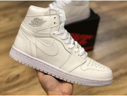 Кроссовки JORDAN 1 RETRO all white