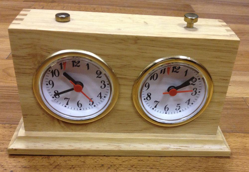 Механические часы Рубин в деревянном корпусе ЛЮКС
