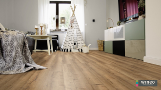 Виниловый пол Wineo 400 Wood XL Comfort Oak Mellow DB00129 в интерьере