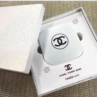 Power Bank 10400mAh Chanel пудреница с зеркалом-8
