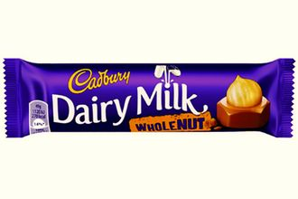 Батончик Cadbury Whole Nut