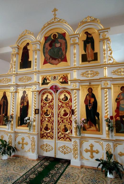 Купить храмовый церковный иконостас