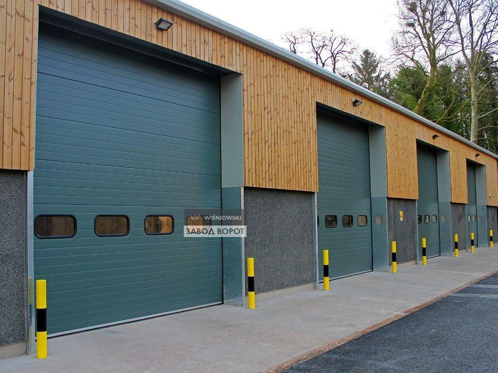 роллетные ворота на склад - изготовление конструкций, открывающихся под потолок