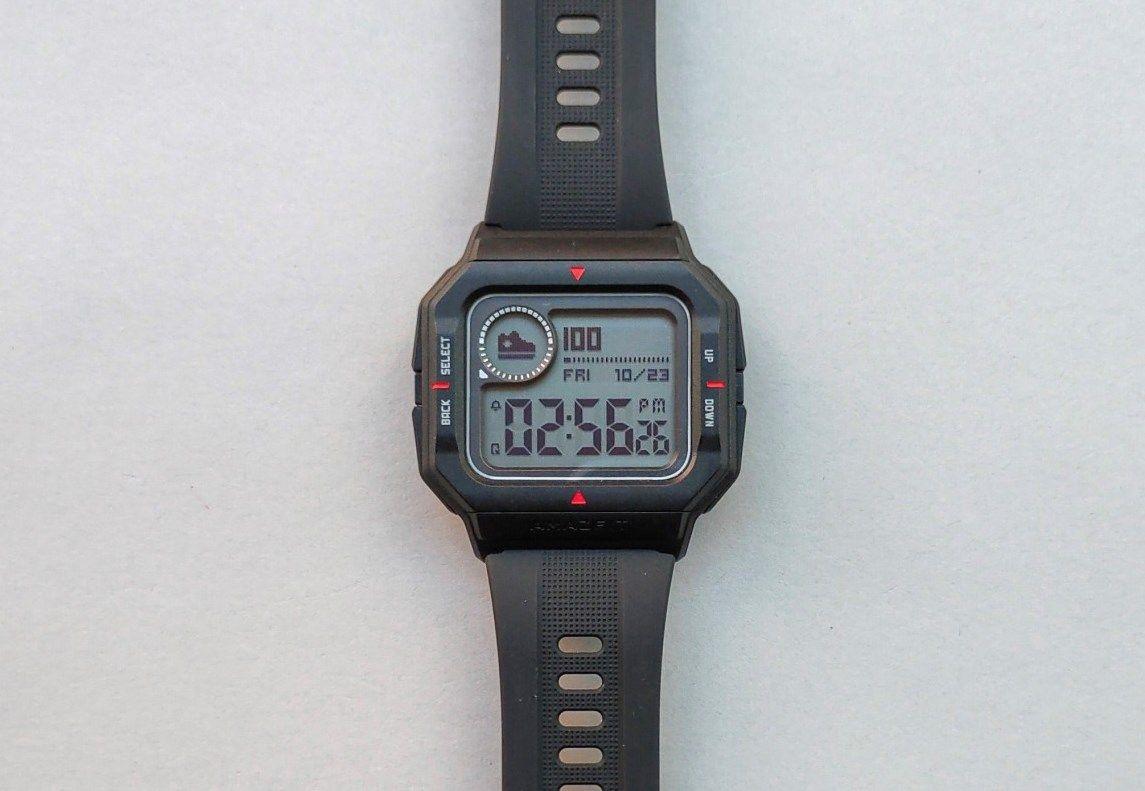Amazfit Neo – симпатичные бюджетные умные часы