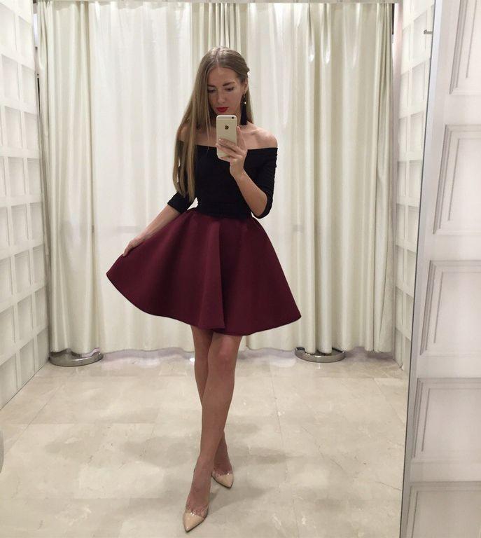 9de436c572fa26b Красивое платье с открытыми плечиками
