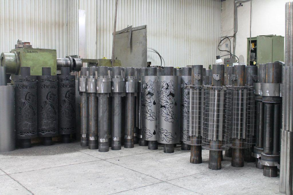 Элементы дымоходов VOHRINGER на складе завода.