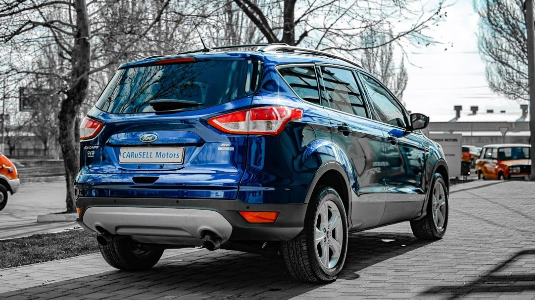 Купить Ford Escape
