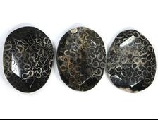 Бусина Коралл черный, окаменелый, плашка крупная грань 52*40*15 мм (1 шт) №20936