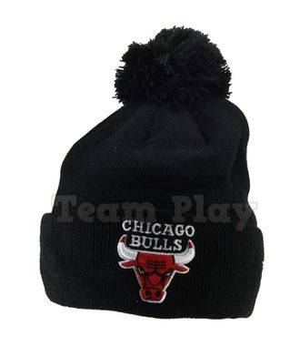 Шапка NBA Chicago Bulls с помпоном