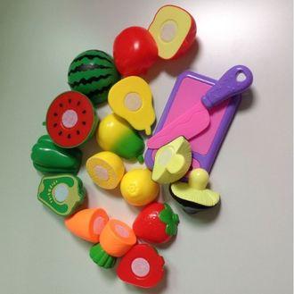 Пластиковые фрукты