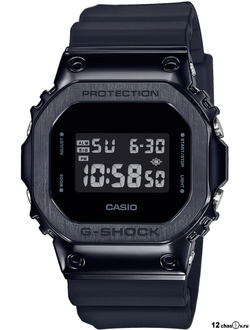 Часы Casio G-Shock GM-5600B-1ER
