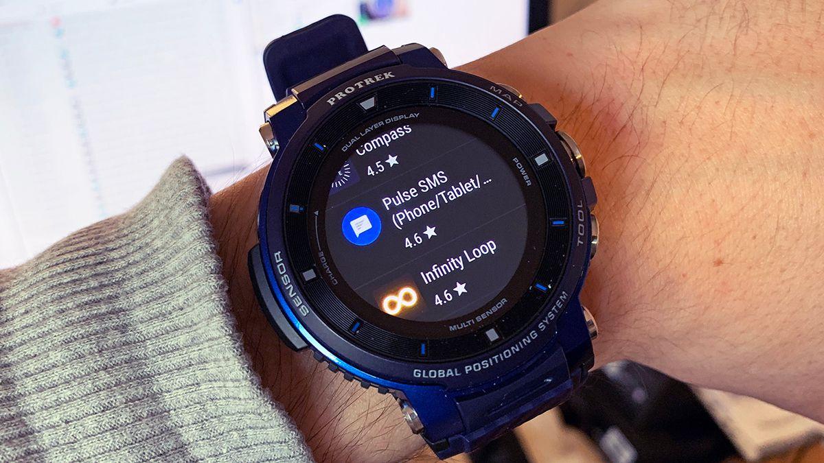 WearFAQ: Как устанавливать приложения на смарт-часы Wear OS