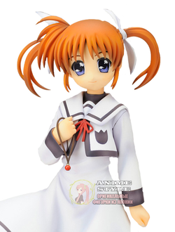 Фигурка  1/7 Наноха Такамати (Takamachi Nanoha School Uniform)