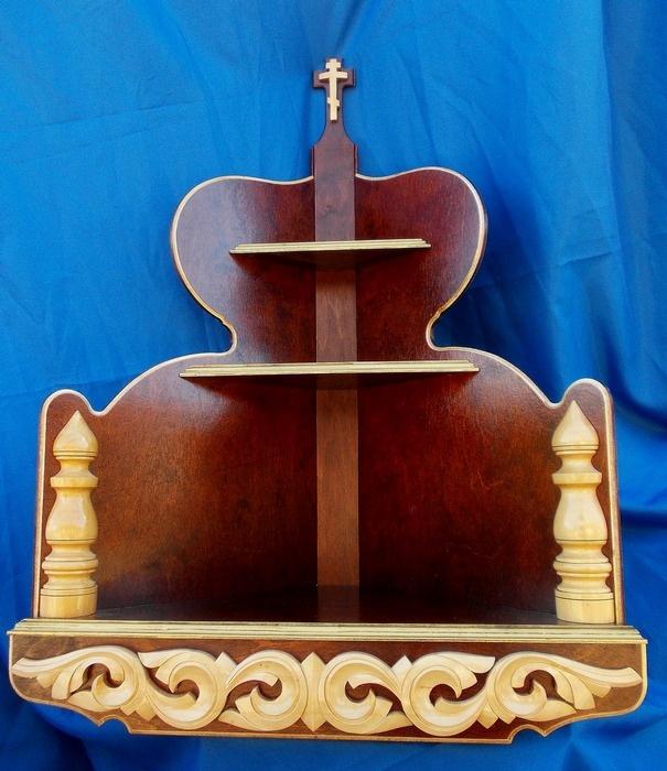 Полка для икон из мастерской в Великой Кракотке