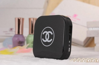 Power Bank 10400mAh Chanel пудреница с зеркалом-1