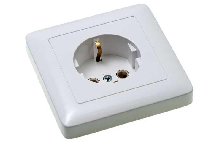 ХИТ Розетка скрытая с заземлением 250В 16А белая Schneider Electric 5b1e8a3762e