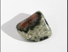 Эклогит, галтовка, ЮАР (20*19*11 мм, 7,3 г) №18609