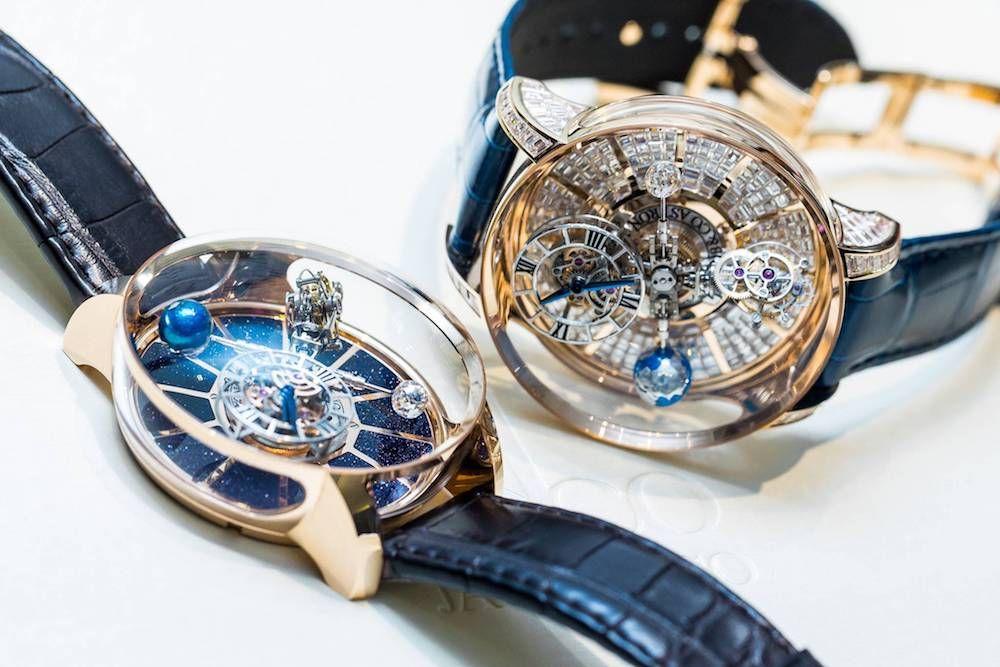 Москва на часах поменять стекло стоимость версаче продам часы