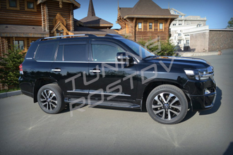 Рестайлинг Toyota Land Cruiser 200 Executive Black & White из 2007-2015 в 2017+