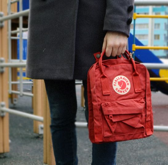 04fc0411e8 Fjallraven Kanken Mini Deep Red (325)